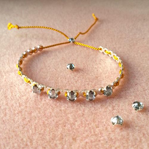 10 bracelets dentelle atelier matiere premiere