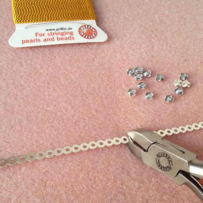 2 bracelets dentelle atelier matiere premiere