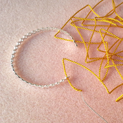 4 bracelets dentelle atelier matiere premiere