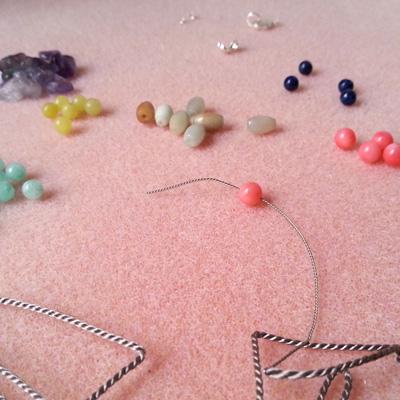 4 bracelets en fil de soie atelier matiere premiere
