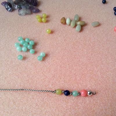 6 bracelets en fil de soie atelier matiere premiere
