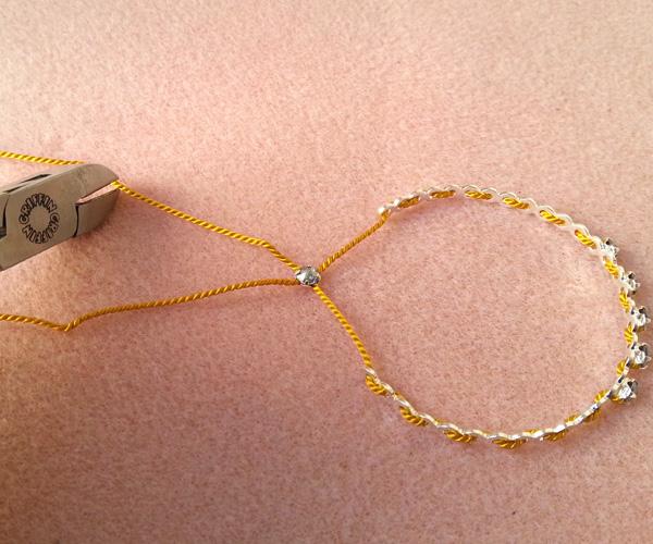 9 bracelets dentelle atelier matiere premiere