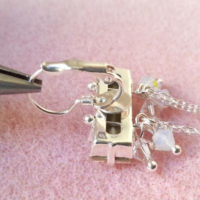 9 boucles d'oreilles Princess atelier matiere premiere