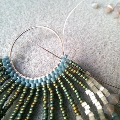 9 boucles d'oreilles crocus atelier matiere premiere